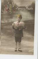 GUERRE 1914-18 - Jolie Carte Fantaisie Petit Garçon Avec Drapeaux ALLIÉS Et Oeufs De Joyeuses Pâques - Patriottisch