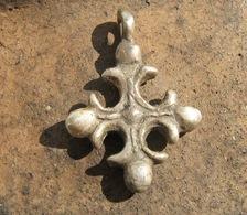 Ancient Medieval Silver Cross 10-13 Centuries - Archéologie