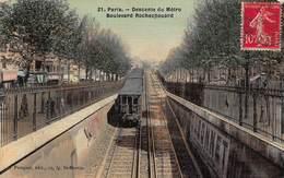 CPA PARIS - Descente Du Métro - Boulevard Rochechouard - Arrondissement: 10