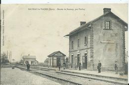 SAUSSAY LA VACHE - Entrée De Saussay , Par Puchay ( La Gare ) - Andere Gemeenten