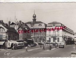 10 - TROYES- PLACE DE  L' HOTEL DE VILLE - - AUTOBUS - Troyes