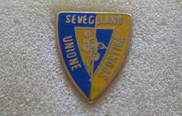 U.S. Sevegliano Calcio Distintivi FootBall Pins Soccer Spilla Italy  Udine - Calcio