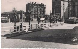 Place De Belgique ** Belle Carte Dentelée Et Animée De 196x **- Ed. Leconte N° 11.001 - La Garenne Colombes