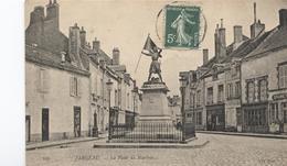 1908 Jargeau - La PLace Du Martroie - Voir Magasins  - Ed.  Nd - - Jargeau