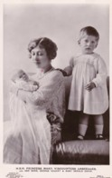 AS82 Royalty - H.R.H. Princess Mary And Her Sons George Hubert And Gerald David - Royal Families