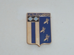 Pin's BLASON DU TILLEUL-LAEKEN - Villes