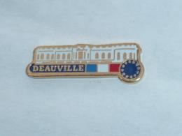 Pin's VILLE DE DEAUVILLE - Villes