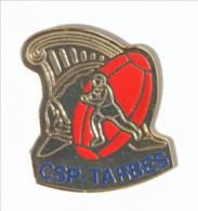 Pin's CSP TARBES  (65) - Centre De Secours Principal De Tarbes - Casque De Pompiers - Rugbyman Et Ballon - I520 - Rugby
