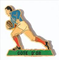 Pin's COTE D'OR - Rugbyman Maillot Bleu Et Short Blanc - Zamac - Beraudy - I522 - Rugby