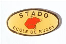 Pin's TARBES (65)  - STADO - Ecole De RUGBY - Tête D'OURS - FF - I526 - Rugby