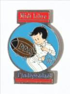 Pin's  LE MIDI LIBRE - L'INDEPENDANT - DDA - Le Rugbyman - Ferrier - I537 - Rugby