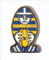 Pin's LYON (69) - ASPTT LYON RUGBY - La Poste - Le Rugbyman Ballon - I542 - Rugby