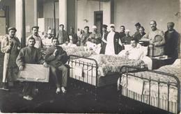 Hôpital Militaire - Guerre 14-18 - Blessés Et Infirmière - Animée - Belle Carte Photo à Identifier - Guerra 1914-18