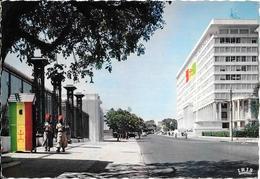 CPA-1960-SENEGAL-DAKAR-Le BUILDING Du GOUVERNEMEENT GENERAL Et L AVENUE ROUME-TBE - Senegal