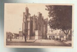 CP (34) Capestang - Place Et Eglise - Capestang
