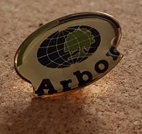 Pin's ARBOR Bull - Informatique