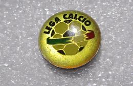 Lega Calcio Distintivi FootBall Soccer Pin Spilla Pins Ufficiale Iaco Group Italy - Calcio
