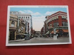 North Street Whalen Drug Store  Middletown     New York >  Ref    3560 - NY - New York