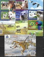 ZOOS , 2019, MNH, FAUNA, BIRDS, PARROTS, DOGS, HORSES, SEALS, RHINOS, TIGERS, 6v+S/SHEET - Parrots