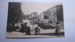 Carte Postale ( X9 ) Ancienne De Vittel , Le Petit Vair - Vittel Contrexeville