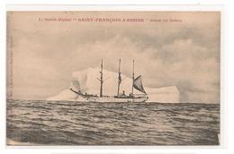 Navire  Hopital - Saint François D'Assise , Devant Un Iceberg -  CPA° - Barche
