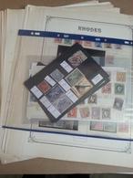 Lot N° 746 MONDE Un Bon Lot D'anciennes Possession Pays Divers Neufs * Ou Obl. - Briefmarken
