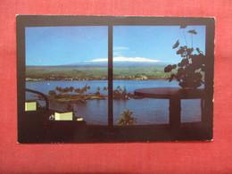 - Snowcapped Maunakea     Hawaii > Hilo  Ref    3561 - Hilo