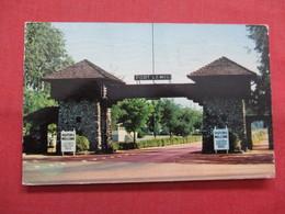 Main Gate  Fort Lewis Washington > >  Ref    3562 - United States
