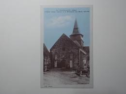 Carte Postale  - LA CHAPELAUDE (03) - L'Eglise Et Monument Aux Morts (3241) - France