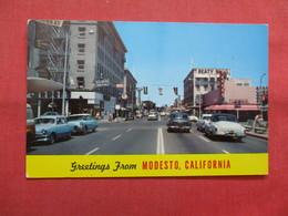 Greetings  Modesto California  > >  Ref    3562 - United States