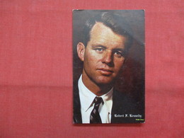 Robert F Kennedy > >  Ref    3562 - Historical Famous People