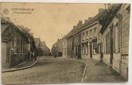 (889) Cortemarck - Thoroutstraat - Man Leunt Tegen De Muur. - Kortemark