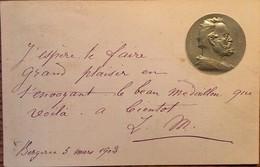 CPA, MEDAILLE DU CENTENAIRE DE VICTOR HUGO CARTE EN RELIEF ET ARGENTEE, écrite De Bergerac (24) En 1902, Timbre - Ecrivains