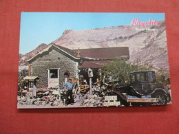Bottle House  51,000  Liquor Bottles Rhyolite   Nevada >   Ref    3562 - Other