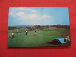 Banner Lodge  9 Hole Golf   Moodus Connecticut     >   Ref    3562 - United States