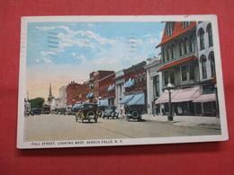 Fall Street  Seneca Falls   New York  >   Ref    3562 - NY - New York