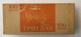 EMPTY  TOBACCO  BOX    TRIGLAV   100 CIGARETTES   FNRJ  YUGOSLAVIA - Schnupftabakdosen (leer)