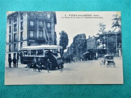 VITRY Sur SEINE - La Place De La Gare Et L' Autobus éléctrique - Animation Pres Du Tramway - TBE - Vitry Sur Seine