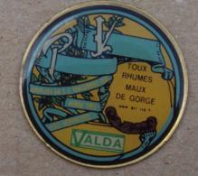 Pin's Alimentation 050, Pastilles Valda - Alimentation