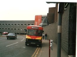35mm ORIGINAL PHOTO BUS GROVE ESTATE BUS N°109 - F093 - Postcards