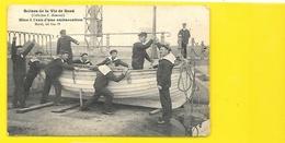 Marine Mise à L'Eau D'une Embarcation (Lesec'h) - Characters