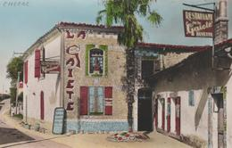 17 CHERAC RESTAURANT LA GAITEE AVEC LA FACADE DE L'EXPOSITION DE MOSAIQUES RUSTIQUES CREATION VILLEGER - France