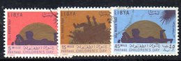 APR2354 - LIBIA 1964 ,  Serie  Usata  (2380A)  INFANZIA - Libia