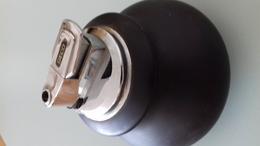 BRIQUET DE TABLE GECO DIAM 8.5 CM H 8.5 CM - Briquets