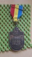 Medaille :Netherlands  -  1936 De Vechtkanters 1976 , Maarssen - Goudestein  / Vintage Medal - Walking Association - Nederland