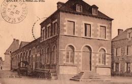 [50] Manche > Ducey L Hotel De Ville - Ducey