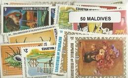 Lot 100 Timbres Des Maldives - Maldives (1965-...)