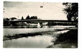 Saint Yorre - Le Pont (enfants Sur Le Gravier) - Pas Circulé - Autres Communes