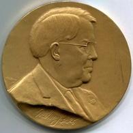 MELVIN JONES, FOUNDER OF LIONS CLUBS INTERNATIONAL - MEDAL MADE BY KILENYI. RARISIME RARO -LILHU - Fichas Y Medallas