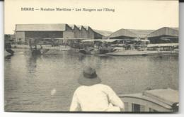 CPA De BERRE Dans Les BOUCHES Du RHÔNE -  AVIATION MARITIME - Les Hangars Sur L'Etang - Francia